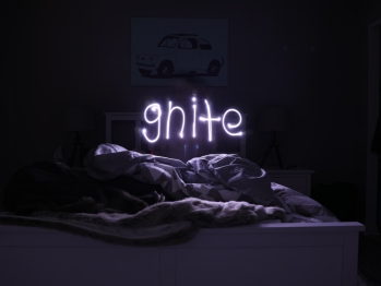 Neon sign that reads